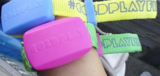 Coldplay y sus Xylobands: Una idea no tan colorida