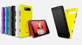 Lumia 820 se presenta con carcasas de doble uso